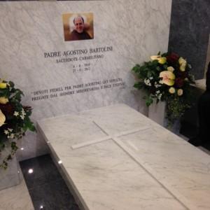 01.11.13-Tomba-di-Padre-Agostino